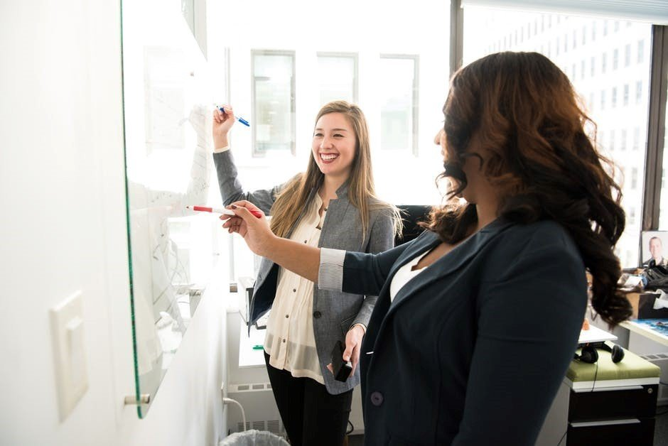 employee retention strategies for small businesses