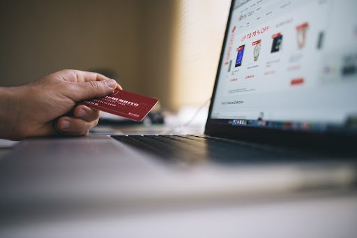 Top Features of E-Commerce CMS Platforms You Need To Look Out For In 2019
